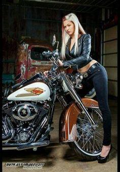 Girl and Motorcycle Lady Biker, Biker Girl, Heritage Softail, Biker Baby, Chicks On Bikes, Motorbike Girl, Motorcycle Gear, Girl Bike, Women Motorcycle