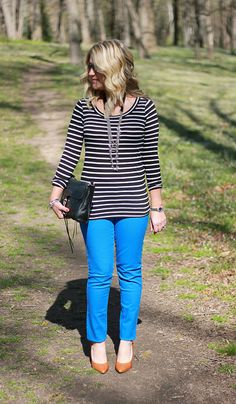 blue jeans striped shirt casual outfit...this site has tons of great casual outfit ideas, be sure to click through to check them all out!