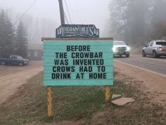 Indian Hills Community Sign Someone In Colorado Is Putting Out The Funniest Signs Ever, And The Puns Are Priceless (New Pics) Jokes And Riddles, Corny Jokes, Funny Puns, Dad Jokes, Funny Dad, Funny Stuff, Funny Fails, Puns Jokes, Hilarious Quotes