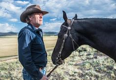 Although Netflix has not yet officially announced that Longmire season 5 was renewed, the fantastic fourth season ended unfinished