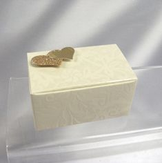 Ivory diamante favour box for truffles