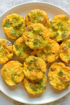 Healthy Egg Breakfast, Egg Recipes For Breakfast, Breakfast Bites, Brunch Recipes, Healthy Egg Muffins, Breakfast Egg Muffins, Beignets, Starbucks Egg Bites, Egg Bites Recipe