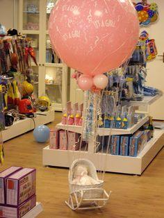 geboorte ballon 3F + wiegje (leeg) €39,95