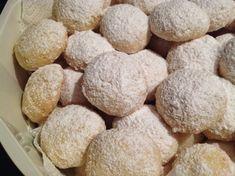 Máslové sušenky Melting moments Dog Food Recipes, Cooking Recipes, Melting Moments, Tahini, Brownies, Cheesecake, Cupcakes, Pizza, Blog