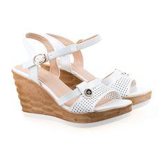 Espadrilles, Wedges, Shoes, Fashion, Espadrilles Outfit, Zapatos, Moda, Shoes Outlet, La Mode