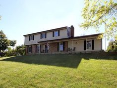 4910 Riviera Dr, Middletown, OH 45042 MLS# 620779 - Movoto