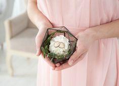 Wedding ring holder Rings holder Wedding ring box Icosahedron Ring bearer box Glass box Wedding ring bearer holder Geometric glass box /JB10