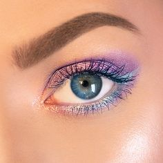 Make Believe In Yourself: Limited-Edition Lights, Camera, Lashes™ 4-in-1 Mascara - tarte | Sep