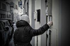 Street Photography (Giuseppe Mammoli): Il campanello