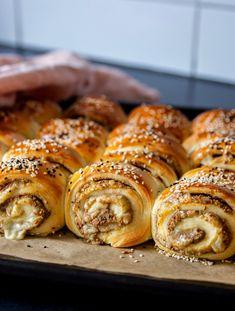 Piroger-arkiv - ZEINAS KITCHEN Zeina, Doughnut, Cheesecake, Sausage, Bakery, Bread, Dinner, Food, Brownies