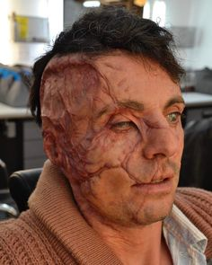 """Mi piace"": 1,203, commenti: 19 - KM EFFECTS LTD (@kmeffectsltd) su Instagram: "" Film: Allied. Applied on Matthew Goode  #prosthetics #silicone #makeupeffects #scarmakeup #scars…"""