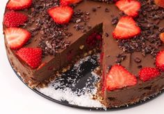 Goat Cheese Cake with Hazelnut, Easy and Cheap - Clean Eating Snacks Raw Vegan Cheesecake, Cheesecake Recipes, Cheap Clean Eating, Clean Eating Snacks, Cold Cake, Hazelnut Cake, Raw Vegan Recipes, Cake Tins, Savoury Cake