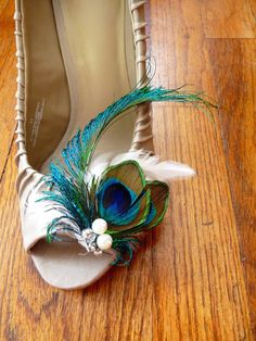 Peacock Feather Shoe Clips by PlumeAndLace on Etsy, $40.00