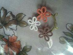 Needle Tatting, Tatting Patterns, Flowers, How To Make, Jewelry, Crocheting Patterns, Lace, Crocheting, Jewlery