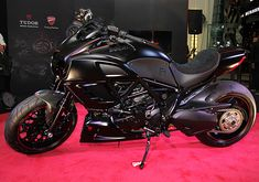 Diavel Ducati, Chopper Bike, Motorcycle Bike, Bike Life, Cool Bikes, Cars And Motorcycles, Motorbikes, Biker, Vehicles