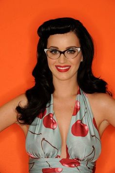 Katy Perry Retro Shoot For 2010 Teen Choice Awards Katy Perry Dress, Katy Perry Hot, Katie Holmes, Playboy, Rockabilly, Eyewear Trends, Women's Eyewear, Cherry Dress, Wearing Glasses