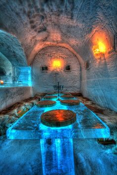Igloo ice hotel at Sorrisniva, Alta, Norway:twist  carved and handmade using chainsaw like the wooden dog house