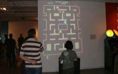 """Pac-man / MIS / Museu da Imagem e do Som / Exposição """"Game on"""" (2011)"""
