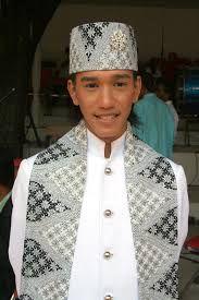 Trajes Tipicos y tradicionales del mundo: trajes tipicos de la India y Tahilandia,Indonesia, Bali