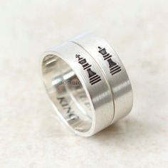 King and queen chess promise rings for couples