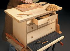 Hobby chest plans A Portable Work Space for Arts and Crafts Like many artists crafters and modelers I do not have a permanent studio and I often use o Portable Workbench, Workbench Plans, Woodworking Plans, Woodworking Projects, Woodsmith Plans, Plywood Projects, Vintage Doors, Desk Plans, Tool Storage