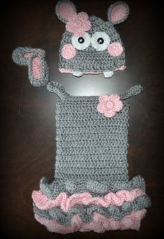 Hippo!  How cute is this!?  Rochelle B. if I ever have a little girl this is what I want you to make me! :)