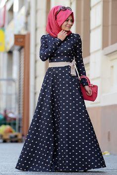 Eda Ertunç Lacivert Kalpli Kadife Tesettür Elbise modameyra da