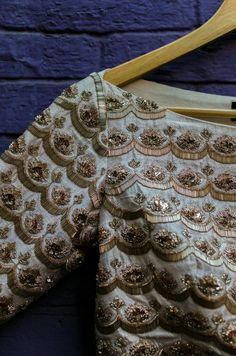 51 Super Ideas For Embroidery Wedding Dress Haute Couture Bridal Blouse Designs, Saree Blouse Designs, Blouse Patterns, Blouse Styles, Machine Embroidery Designs, Embroidery Patterns, Hand Embroidery, Wedding Embroidery, Zardozi Embroidery