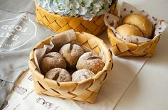 Modern Woven Wooden Sheet Bread Fruit Storage Organizer Table Multifunction Basket Natural Home Store Decoration Photo Prop