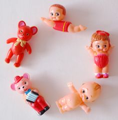 {Searching for kids toy tips? Kitsch, Vintage Dolls, Retro Vintage, Retro Toys, Barbie, Old Toys, Toys For Girls, Baby Toys, Childhood Memories