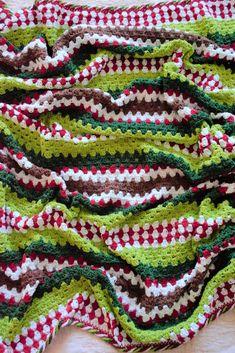 Christmas Crochet Patterns, Holiday Crochet, Afghan Crochet Patterns, Crochet Home, Knit Or Crochet, Crochet Crafts, Crochet Projects, Free Crochet, Sewing Crafts