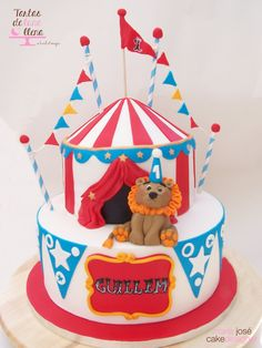 Tarta Tarde de circo con león - Circus evening cake with lion and how to model a lion tutorial www.tartasdelunallena.blogspot.com maria josé cake designer Circus Birthday, Circus Theme, Circus Party, 2nd Birthday, Birthday Parties, Lion Cakes, Circus Cakes, Baby Christmas Photos, Cupcake Cakes