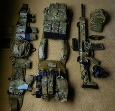 NOTE pouches, rear pouches, rear pouch placement, CAT, medical shears
