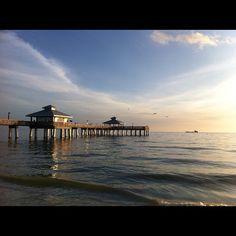 Fort Myers Beach Pier by @planetliz, Statigram