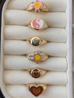 Cute Jewelry, Jewelry Rings, Jewelry Accessories, Stylish Jewelry, Luxury Jewelry, Bijoux Piercing Septum, Piercings, Nail Ring, Chunky Rings