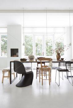 Mooie tafel met mooie stoelen
