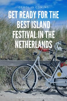 For years, I really wanted to go to Oerol, but I never did. Until last year. I took the boat to the best island festival in The Netherlands. I didn't know anything and I was flooded with festival programs, choices, choices, choices, wristbands and pre-sale stress. I share my best tips for Oerol for beginners.