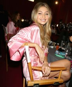 This is how many times Gigi Hadid was rejected from the Victoria's Secret fashion show Gigi Hadid Victoria Secret, Victoria Secret Angels, Victoria Secret Fashion Show, Bella Gigi Hadid, Gigi Hadid Style, Sophia Loren, Barbara Palvin, Adriana Lima, Sports Illustrated