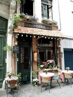 Antwerp, Belgium. One of the better French restaurants in the city. Lovely lady and amazing food #Mistral