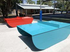 POPP aka Public Outdoor Ping Pong manufactures colourful, permanent, steel outdoor ping pong tables for parks, schools, developments and open spaces. Outdoor Ping Pong Table, Pocket Park, Space Games, Outdoor Games, Public School, Landscape Design, Backyard, Free Dive, 2nd Chance