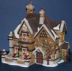 Dept. 56 Dickens Village Series Tattyeave Knoll #58311 #babescollectibles