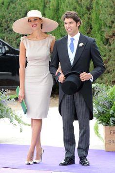 Cayetano Rivera y Eva Gonzalez invitados en la boda de Fran y Lourdes