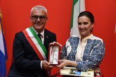 La vice presidente dell'Argentina Marta Gabriela Michetti cittadina onoraria di Macerata