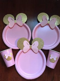 10 Light Pink Gold Glitter Minnie Mouse Birthday Table set plates straws cups ***Shop will be clo Minnie Mouse Party Decorations, Minnie Mouse Decorations, Minnie Mouse Theme Party, Mouse Parties, Birthday Party Decorations, Minie Mouse Party, Disney Parties, Minnie Mouse Table, Minnie Mouse Favors