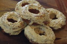 These Low Carb Keto Friendly Carrot Cake Doughnuts are amazing! Keto Friendly baking can be extremely tricky! Fortunately I am well versed in the world of Gluten Free Baking so Keto was an easy adjustment. Keto Donuts, Doughnuts, Doughnut Cake, Yummy Food, Tasty, Gluten Free Baking, Carrot Cake, Low Carb Keto, Bagel
