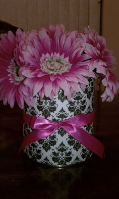 Centerpieces for a Bridal Shower - using Damask paper and fresh flowers