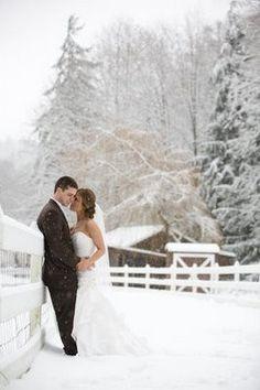Winter wedding...so pretty