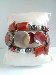 Nouveauté femme bracelet 3 rangs unique et fait main : Bracelet par les-creations-uniques-de-michel-nala Michel, Napkin Rings, Creations, Etsy, Handmade, Unique Jewelry, Hands, Woman, Napkin Holders