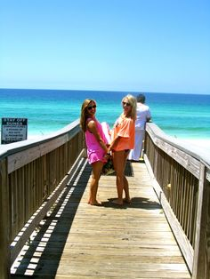 Go to the beach with your best friends check!!<3 @Elizabeth Hansen and @Rebekah Owen