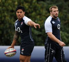 Manu Tuilangi appears concerned, but Joe Marler is so over this shit...
